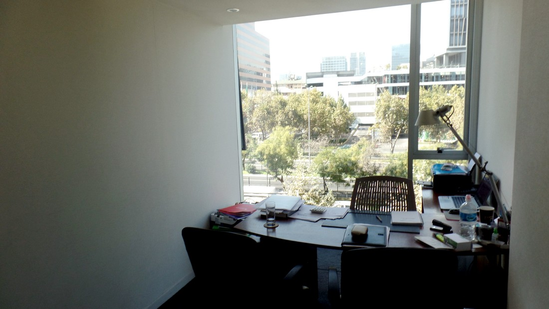 Oficina o Casa Oficina en Arriendo en Vitacura 3 dormitorios 2 baños