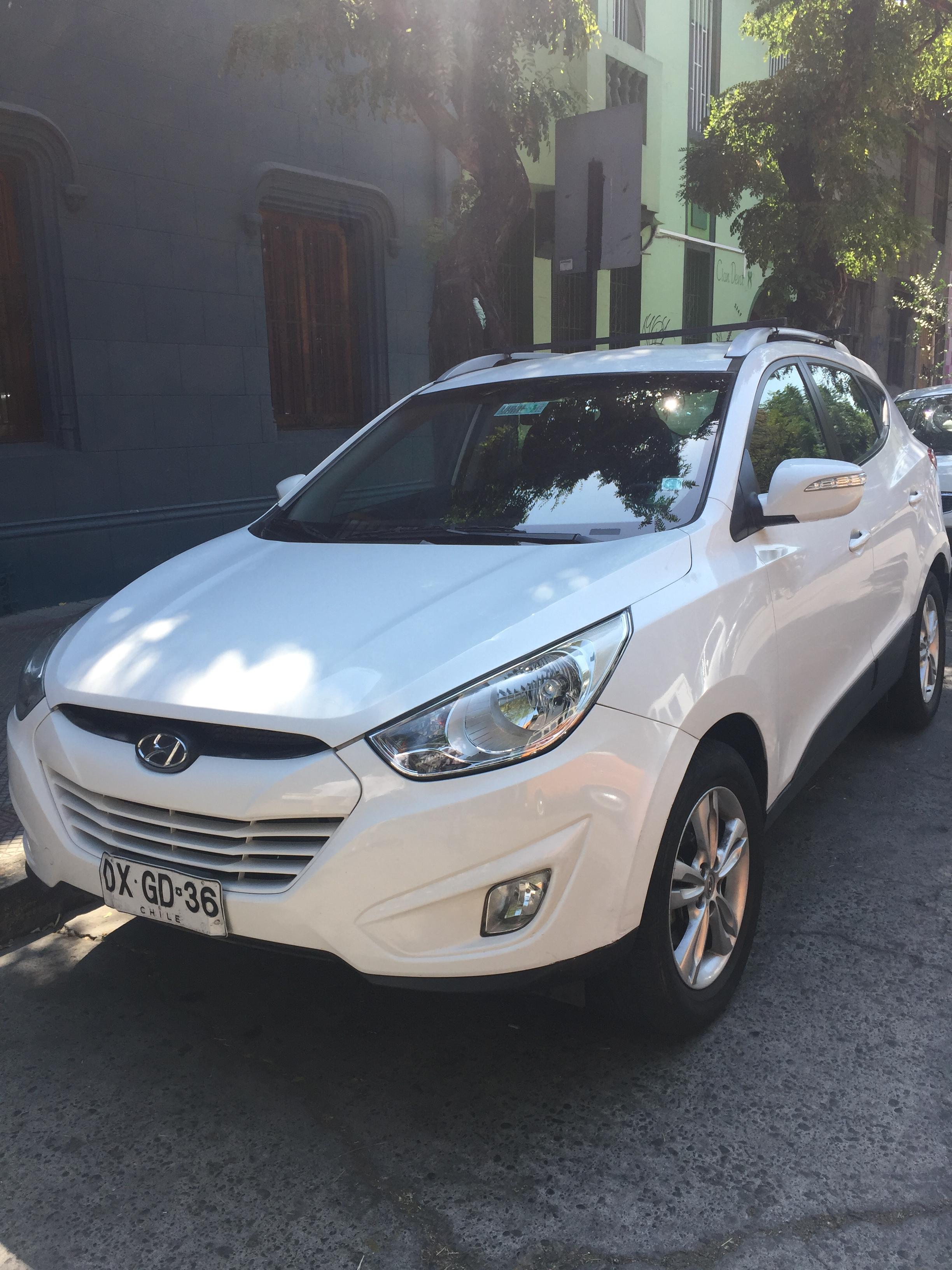 Hyundai Tucson GL 2.0 AT año 2012