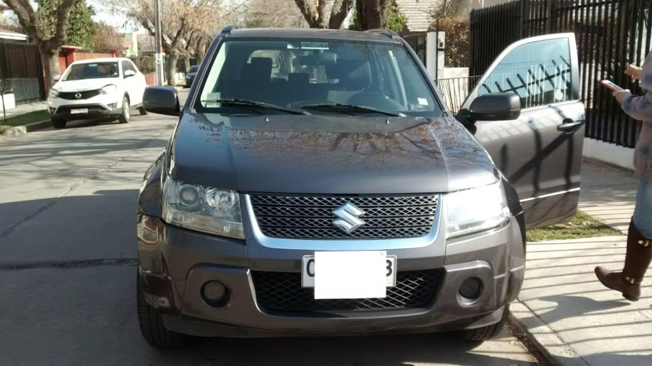 Suzuki Grand Nomade GLX año 2010