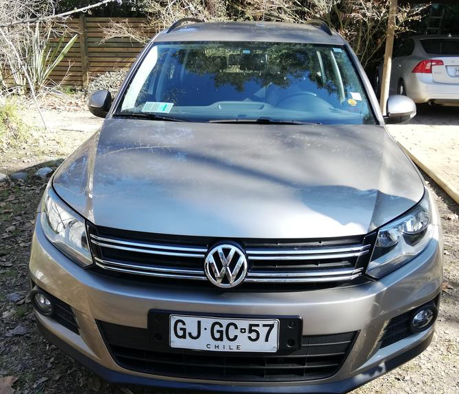 Volkswagen Tiguan 1.4 TSI Turbo, mecánico, bencina, 100% a año 2014