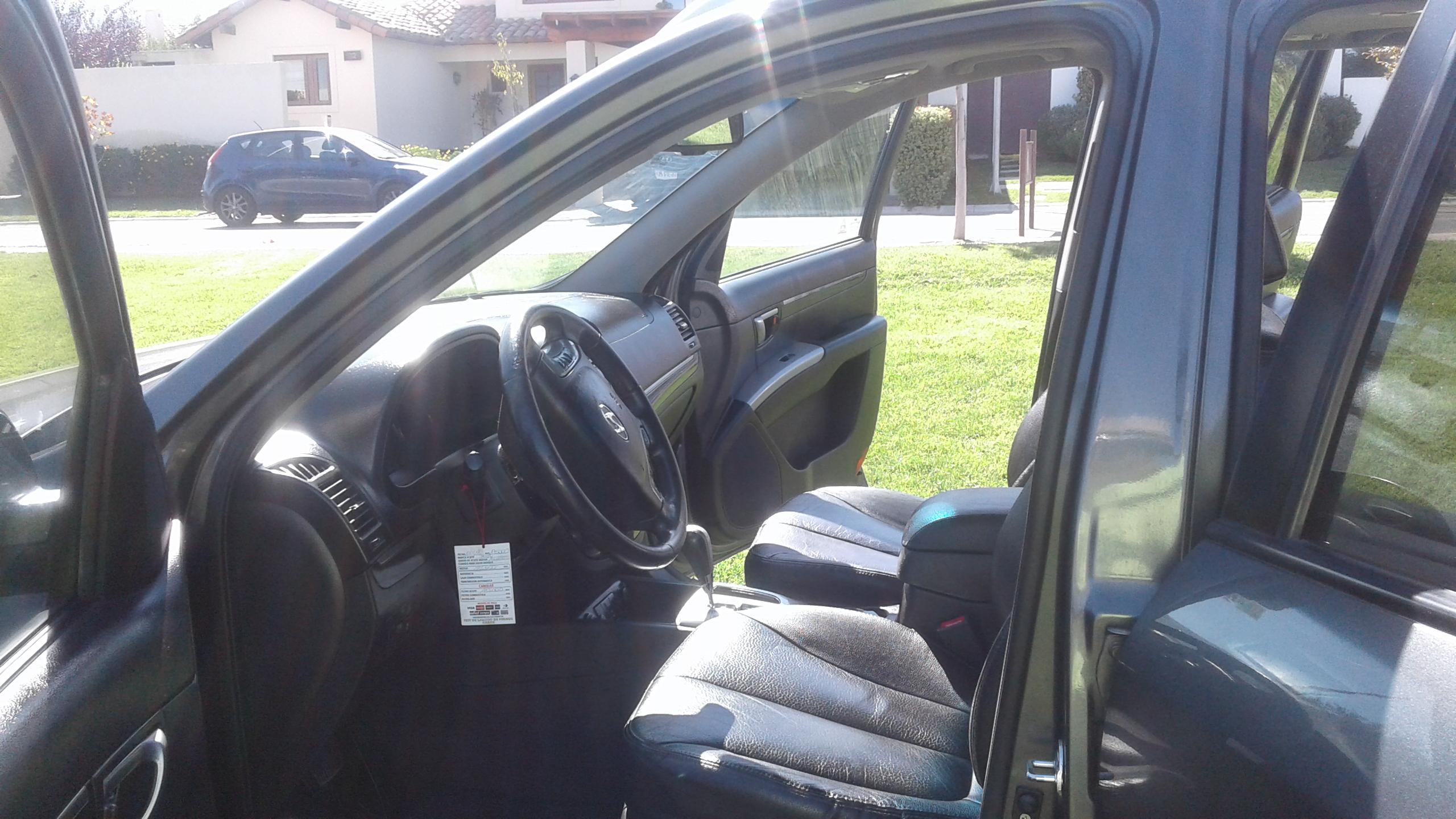 Hyundai Santa Fe 2.4 GLS 4WD 6 AT FULL año 2011
