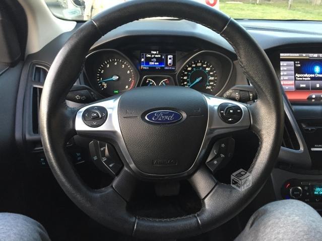 Ford Focus 2.0 Titanium año 2013