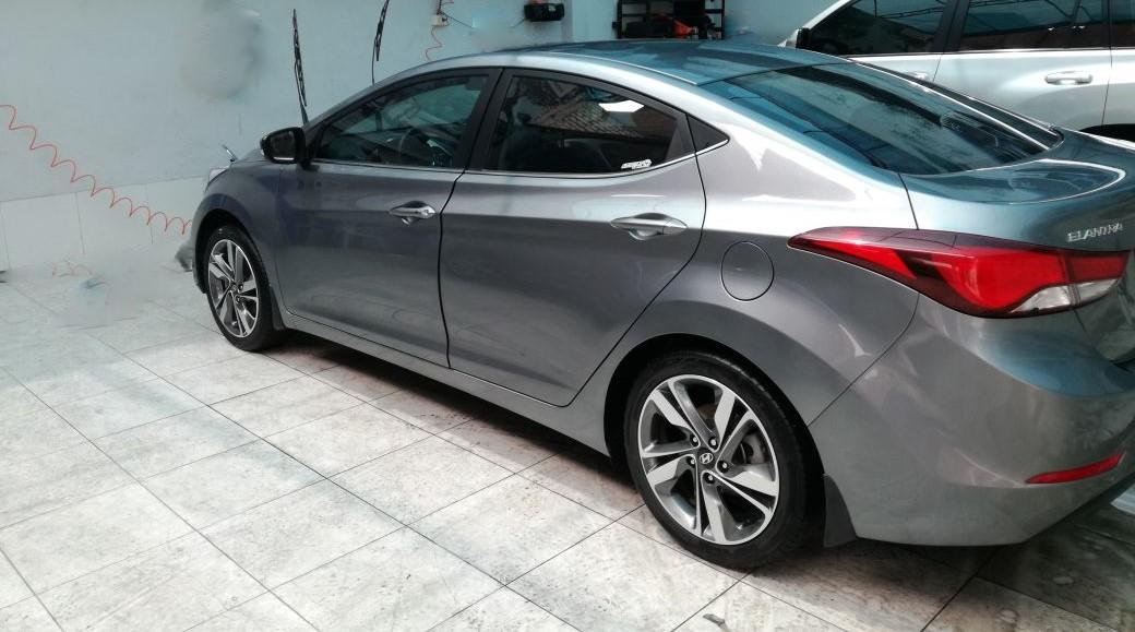 Hyundai Elantra FL GLS 1.6 año 2015